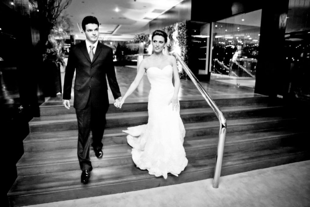 entrada-noivos-festa-casamento-hotel-marriot-renaissance