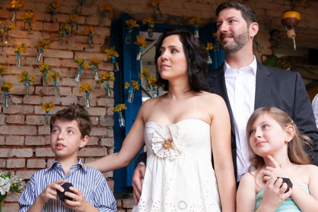 Noivos em Mini Wedding Restaurante Vila Madalena