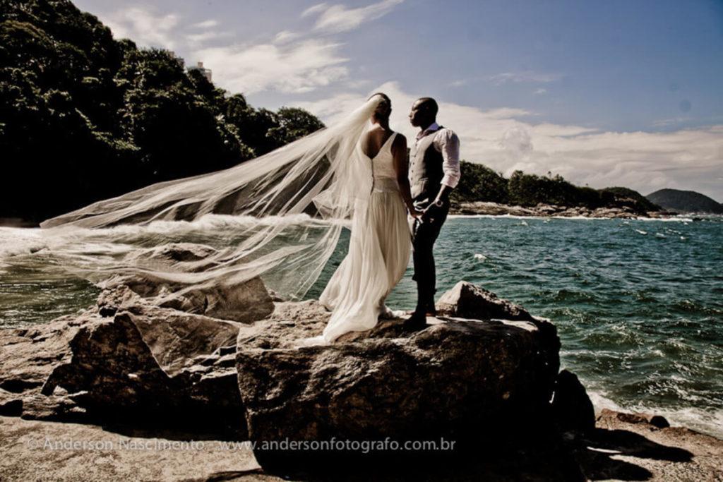 ensaio-fotografico-casal-praia-do-eden3