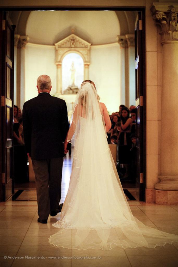 entrada-noiva-casamento-capela-do-sion