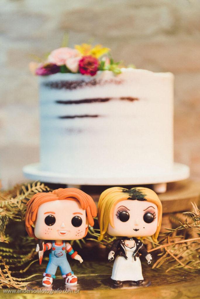 decoracao-bolo-chuck-mini-wedding-casa-quena