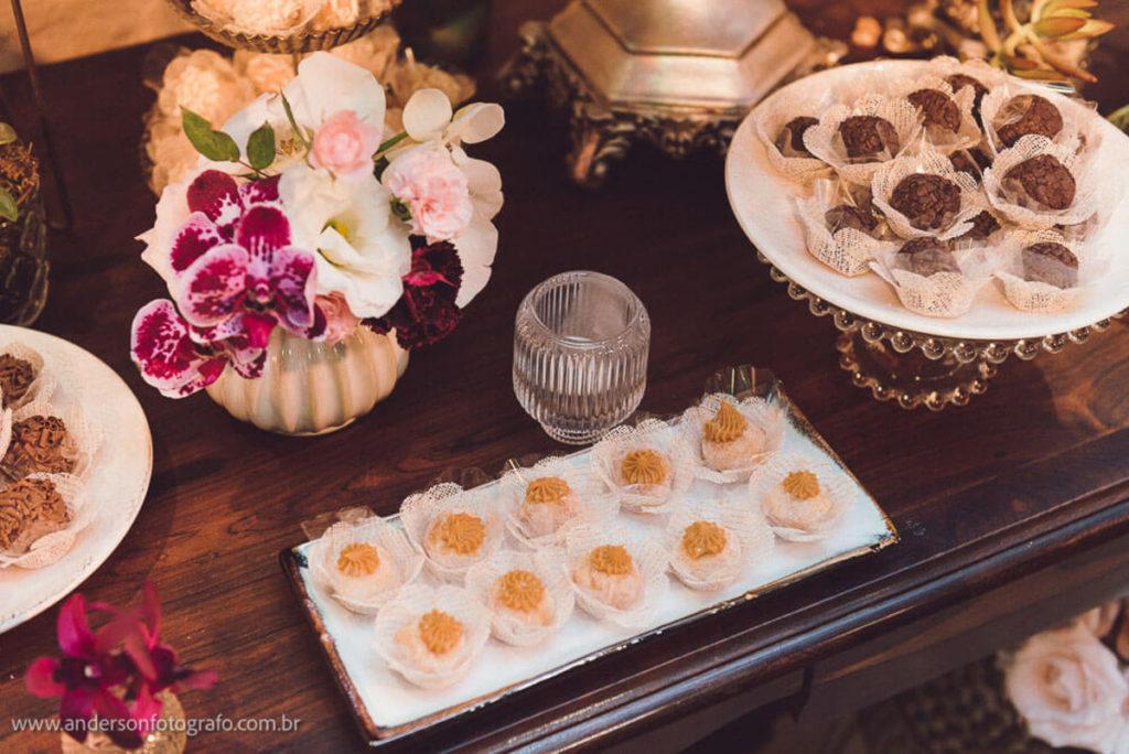 decoracao-doces-mini-wedding-casa-quena