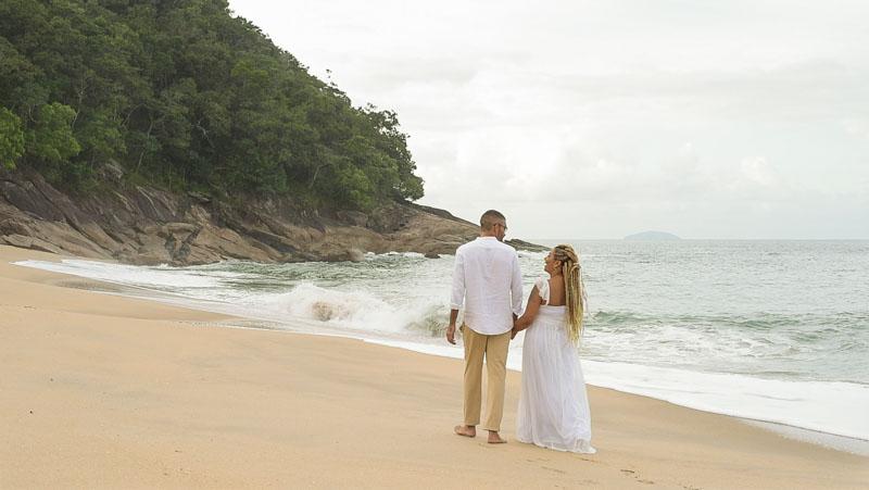 noivos-casamento-ubatuba