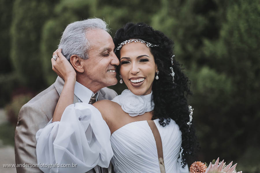 foto-de-noivos-monte-castelo-eventos2