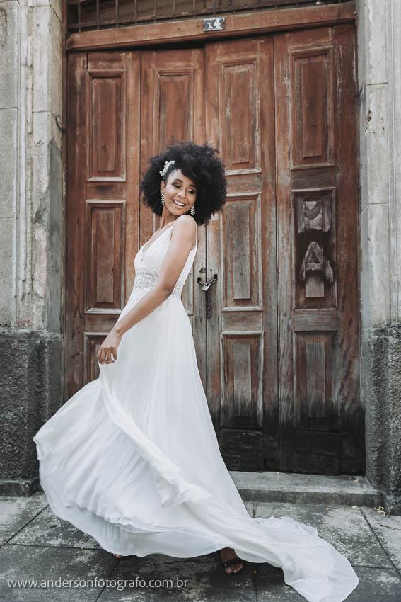 5 Dicas de Pose para Sessão de Fotos de Noivas