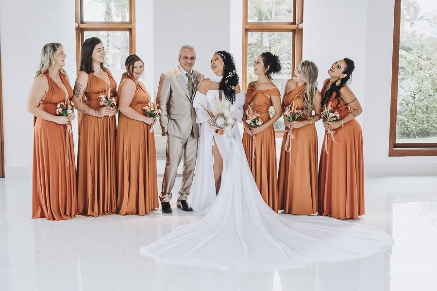 foto-de-noiva-com-madrinhas-1