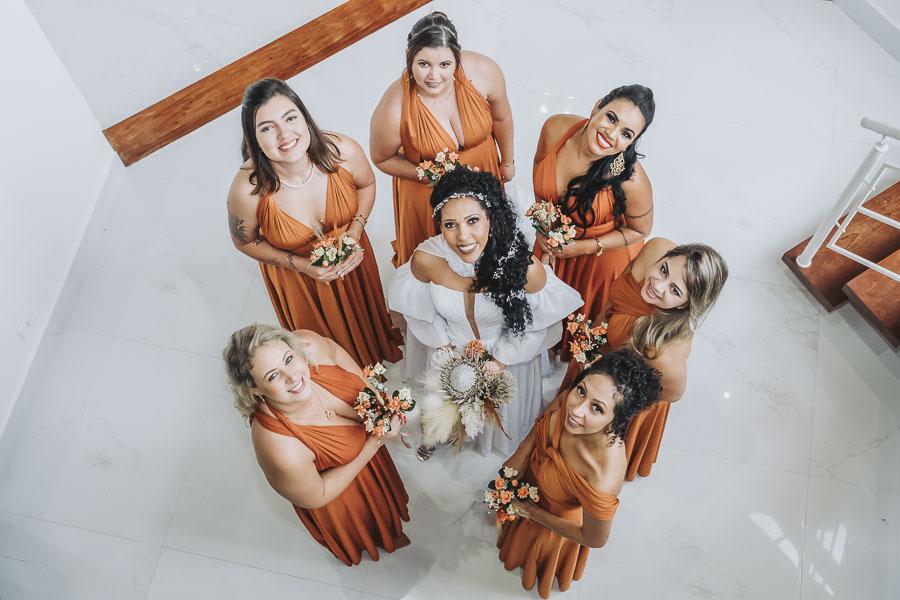 foto de noiva com madrinhas 13 - Fotógrafo de Casamento
