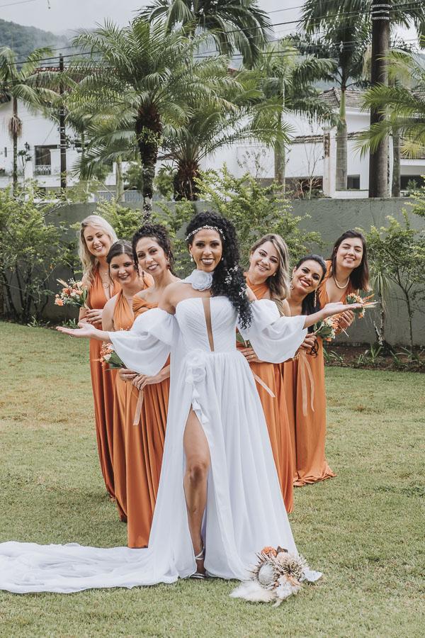 foto de noiva com madrinhas 17 - foto com madrinhas Ideia de fotos criativas de noiva com madrinhas!