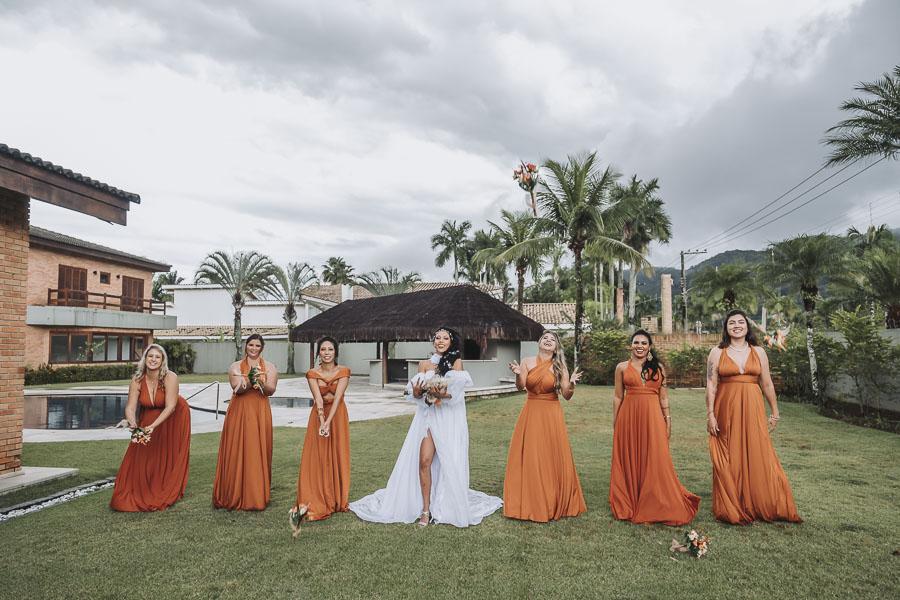 foto de noiva com madrinhas 23 - foto com madrinhas Ideia de fotos criativas de noiva com madrinhas!