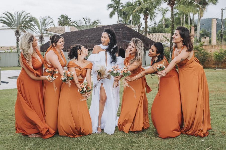 foto de noiva com madrinhas 24 - foto com madrinhas Ideia de fotos criativas de noiva com madrinhas!