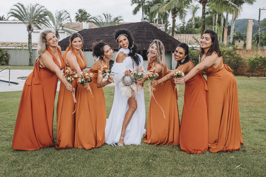 foto de noiva com madrinhas 25 - foto com madrinhas Ideia de fotos criativas de noiva com madrinhas!