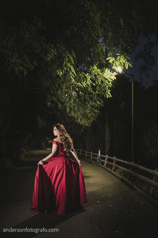 ensaio foto mulher vestido vermelho horto florestal